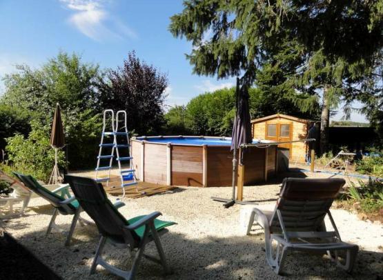clos-des-berangeries-exterieur-piscine