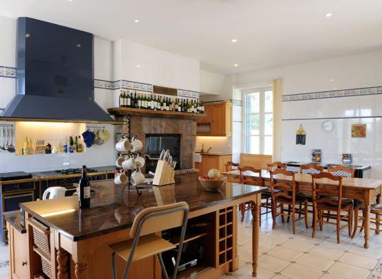 cuisine-bois-giraud-chateau