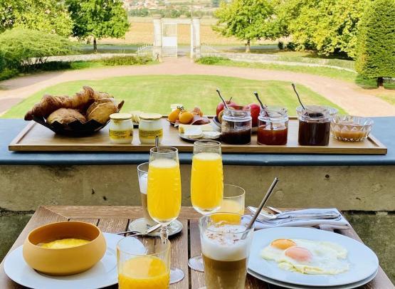petit-dejeuner-brulaire-geste-bem-ôsezmauges-anjou©LaBrulaire