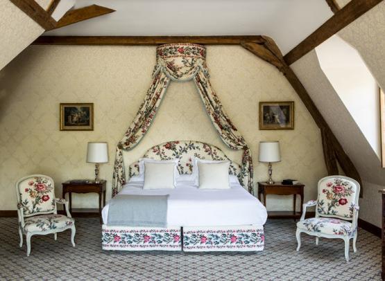 Domaine-des-hauts-de-Loire-Room-27-suite-demeure-Onzain©Domaine-des-Hauts-de-Loire