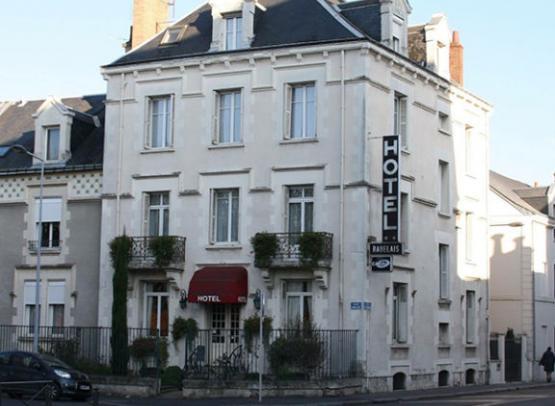 hôtel-Rabelais-Tours-façade-place-Rabelais