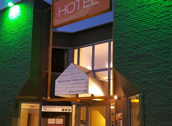 BRIT-HOTEL-TOUR-NORD-(3)