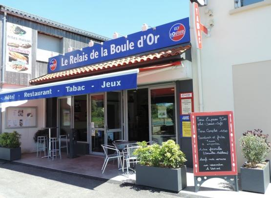 hotel-restaurant-boule-or-bourgneuf-en-mauges (1)