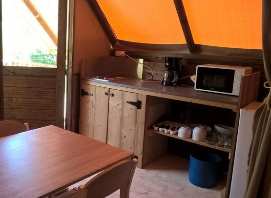 Tente_Amazone_Credit_Camping_La_Confluence_Onlycamp_31122021-(1)