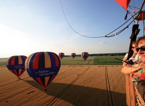 Vol-en-montgolfiere-France-Montgolfiere1©France-Montgolfiere