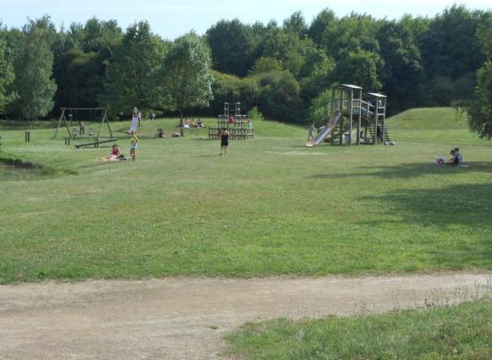 jeu-enfant-parc-barbotine-espace vert-fuilet