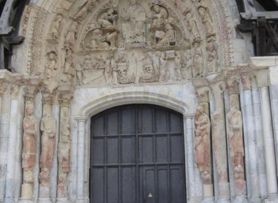 abbaye fleury porte