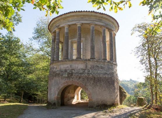 Le temple de Vesta PCU- © Hervé Neveu Dérotrie