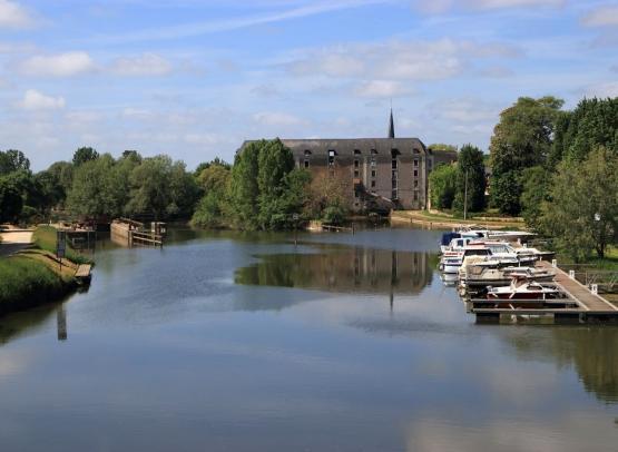 Halte fluviale Cheffes (2)