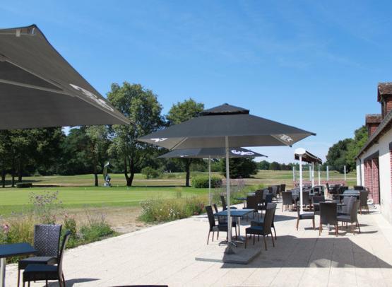 Restaurant-La-Rousseliere-golf-du-chateau-de-cheverny2©Golf-du-Chateau-de-Cheverny