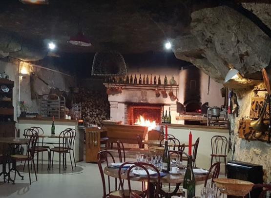 cave_aux_fouees_restaurant_amboise
