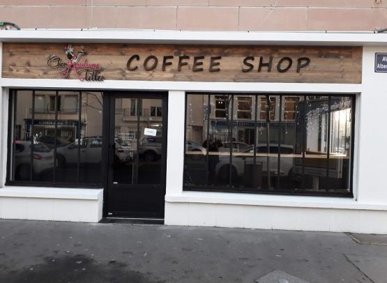 Chez-madame-tilla-coffee-shop