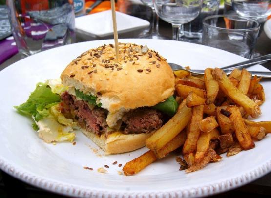 TIS-burger-maison-guinguette-au-bout-de-lile-montjean-sur-loire-mauges-sur-loire