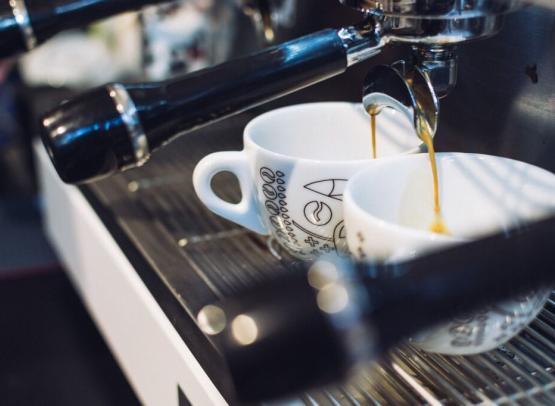 Café servi toute la journée