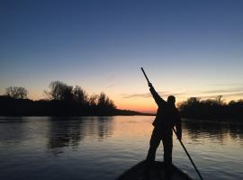 poissons de Loire, pécheur de Loire, Bateau de Loire, crepuscule, terrine de poisson, photographe