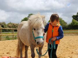 poney-enfants-stage-vignes-en-selle