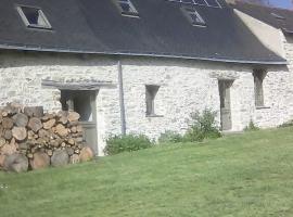 Chambre-d-hote-La-Mauss-Becon-les-Granits-2
